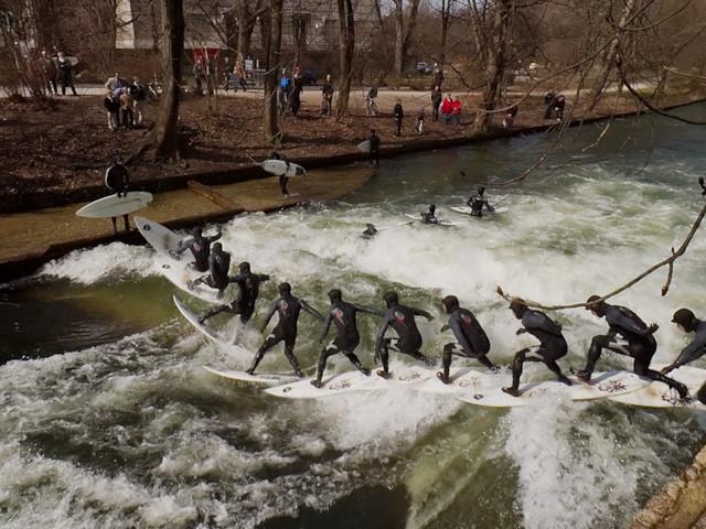 Riversurfing Eisbach